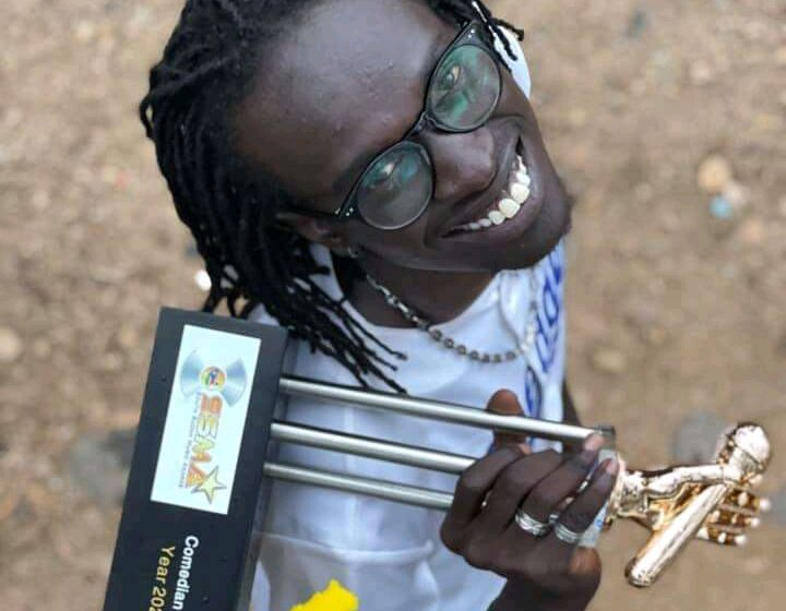 Comedian blasts South Sudan media for not promoting his show.